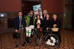 NY4AT delivering post cards to the Governor asking for $20 million in the state budget for bicycle and pedestrian infrastructure projects, including trails. It isn't every day you see a bicycle loaded with postcards being wheeled up to the Governor's office.
