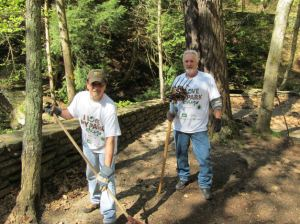 Friends of Letchworth State Park at I Love My Park Day 2013