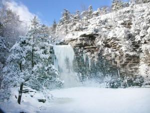 winterwaterfall