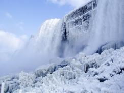 NiagaraFallsWinter